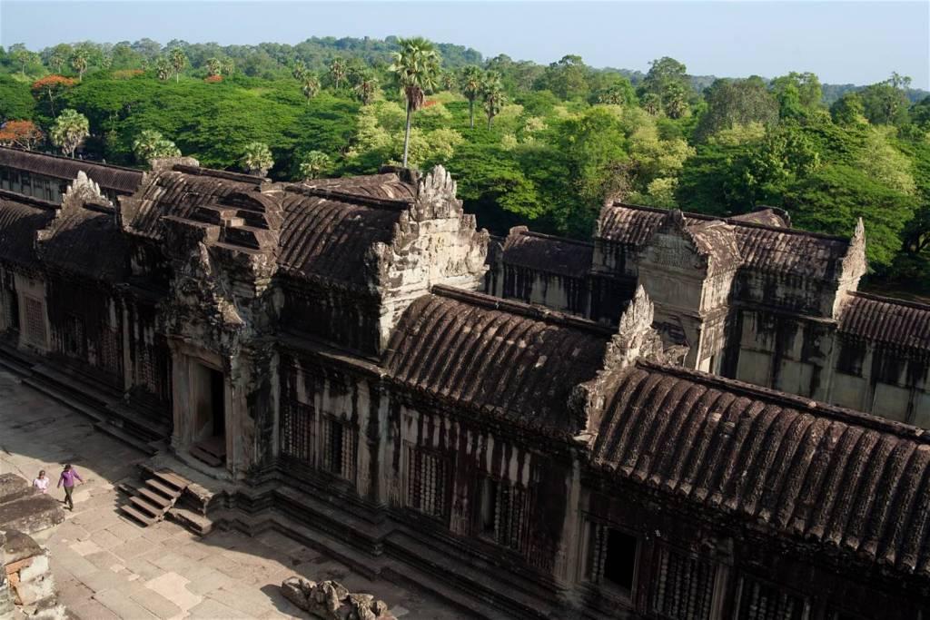 angkor-wat-outer-wall.jpg