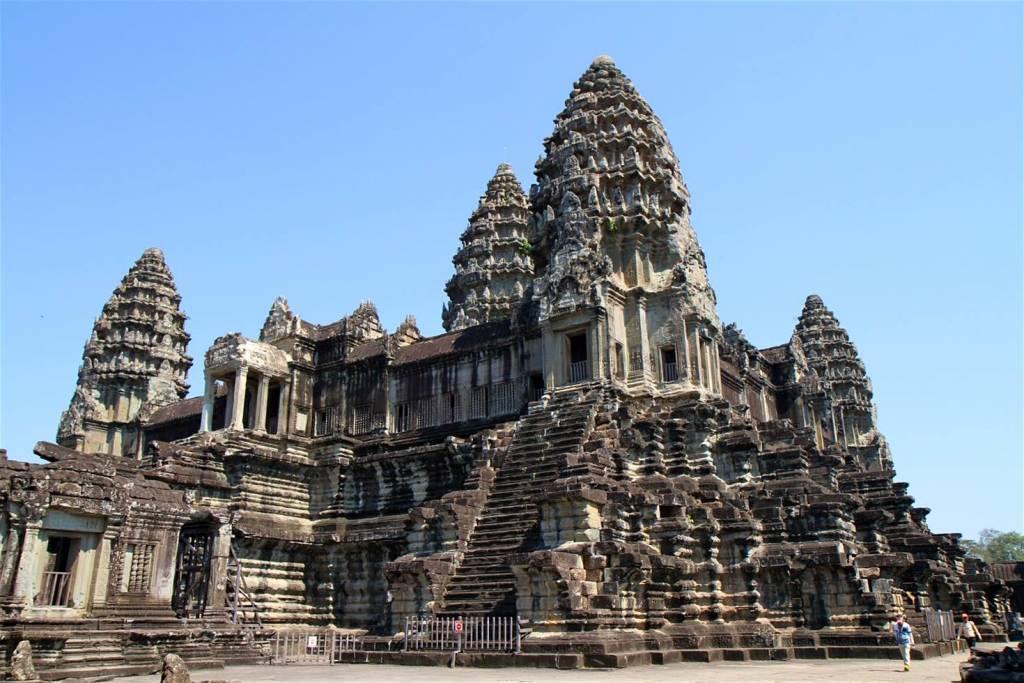 angkor-wat-towers.jpg